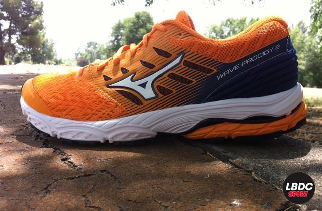 Recensione delle scarpe da corsa Mizuno Wave Prodigy 2